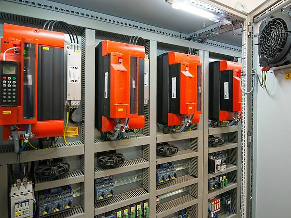 Standardized control cabinets