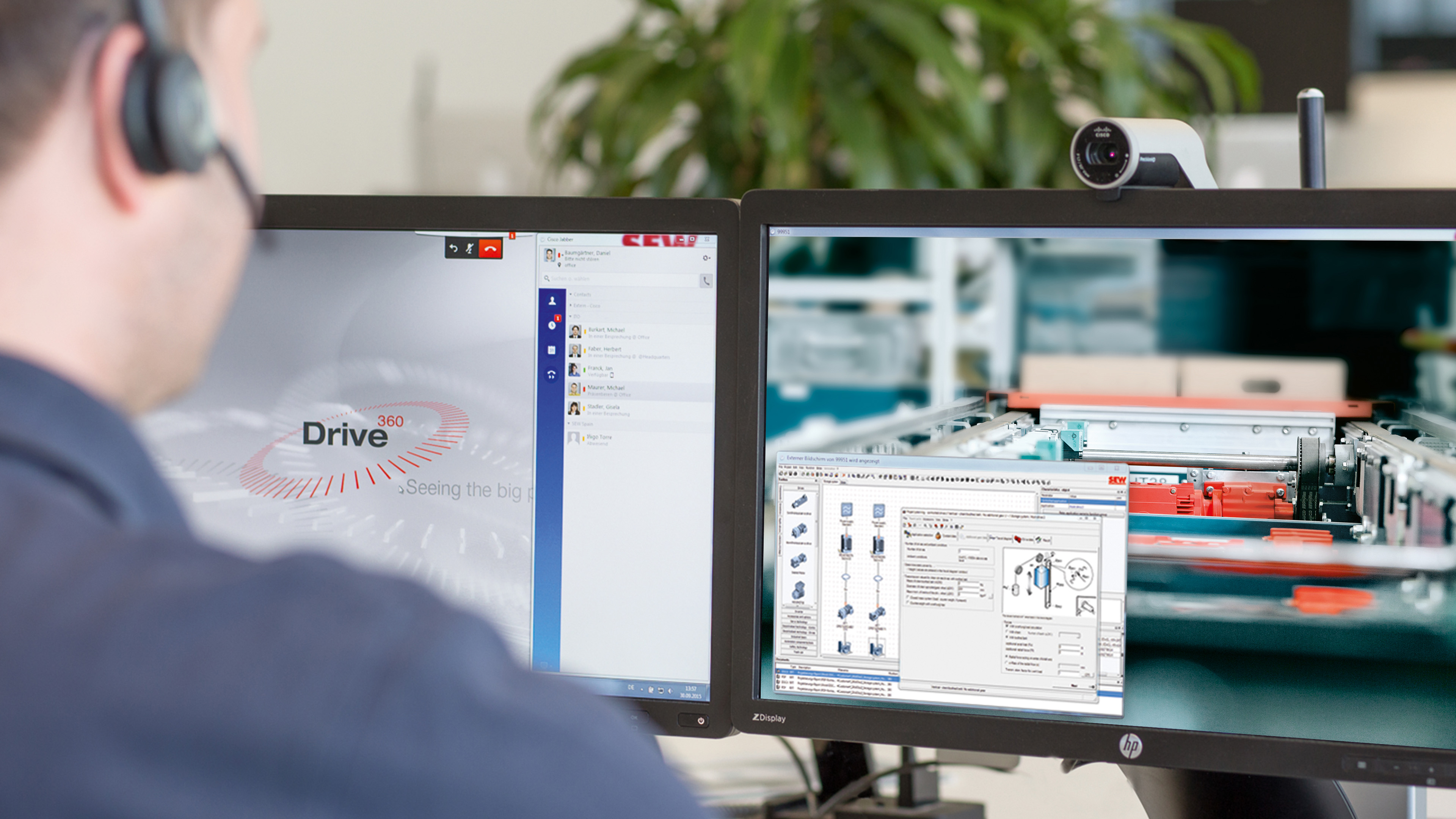 SEW-EURODRIVE employee carrying out remote diagnostics
